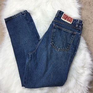 Retro Vintage 80s Tapered Hi Waisted Mom Jeans